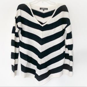 ★ ALMOST FAMOUS | STRIPPED V NECK WARM KNITTED